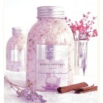 Wai Lana Yogaroma, Mineral Bath Salt, Lavender & Sandalwood, 12 Oz Bottle