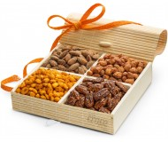 Simply Crave Nut Gift Baskets, Gourmet Food Gift, Nuts Tray Gift Assortment, Sweet & Savory (Large)